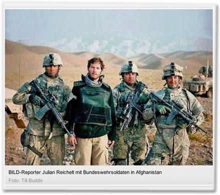 BILD-Reporter Julian Reichelt mit Bundeswehrsoldaten in Afghanistan