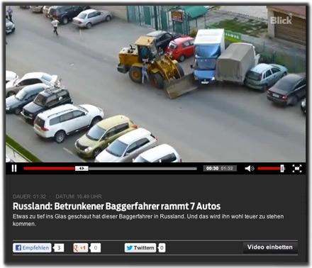 Russland: Betrunkener Baggerfahrer rammt 7 Autos. Etwas zu tief ins Glas geschaut hat dieser Baggerfahrer in Russland. Und das wird ihn wohl teuer zu stehen kommen.