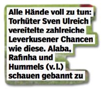Ausriss Bild am Sonntag - Bildunterschrift - Alle Hände voll zu tun: Torhüter Sven Ulreich vereitelte zahlreiche Leverkusener Chancen wie diese. Alaba, Rafinha und Hummels (v. l.) schauen gebannt zu