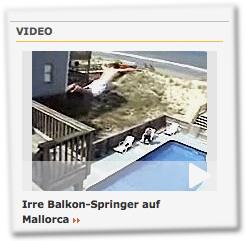 Irre Balkon-Springer auf Mallorca